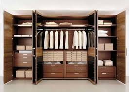 The Benefits of Built In Wardrobes
